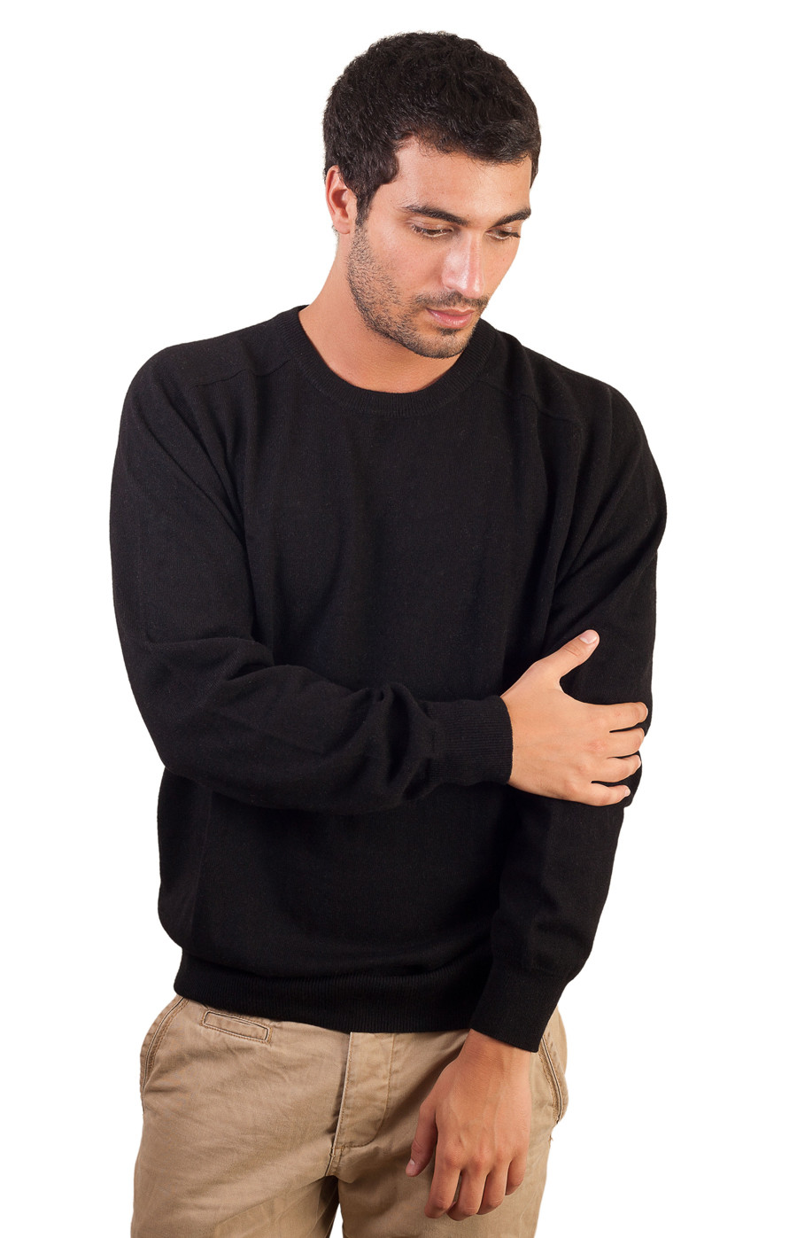 Pull laine noir au col rond pour homme