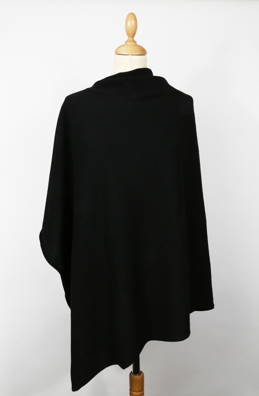 Poncho noir femme