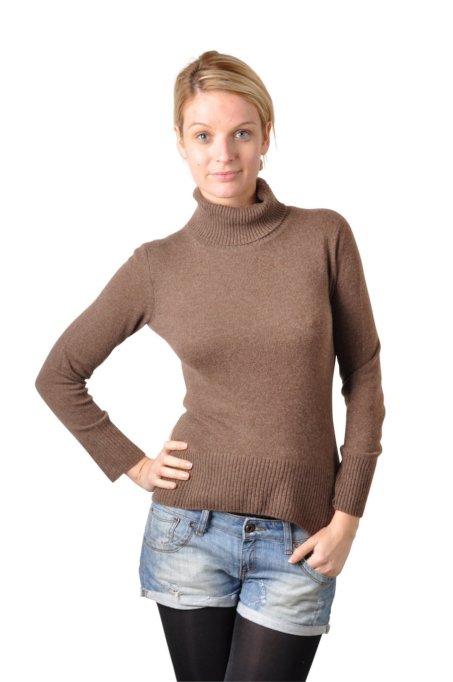 Pink turtleneck pullover in cashmere